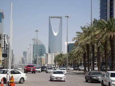 سعودی عرب میں نمبر پلیٹ چھپانے پر 6 ہزار ریال تک جرمانہ ،گاڑی بند ہوگی