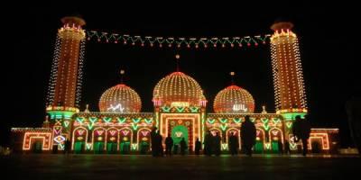 ملک بھر میں شب برات آج انتہائی عقیدت اور احترام سے منائی جائے گی
