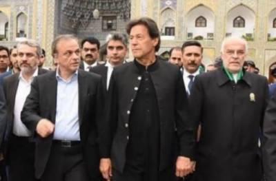 عمران خان دو روزہ سرکاری دورے پر ایران پہنچے گئے