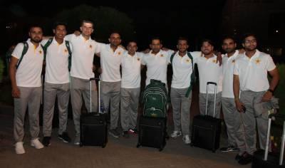 قومی ٹیم سرفراز احمد کی قیادت میں انگلینڈ روانہ ہو گئی