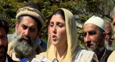 رمضان کے بعد ڈی چوک میں دھرنا دیں گے:عائشہ گلالئی
