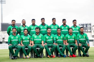 پاکستان جیسی کٹ پر شائقین کی تنقید،بنگلہ دیشی کرکٹ ٹیم کی شرٹ تبدیل کردی گئی