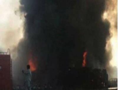 سوہارہ، ٹریلر اور وین میں تصادم، 9 مسافر جاں بحق ہو گئے