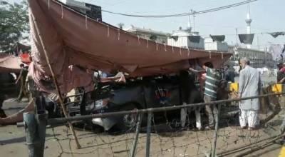 لاہور داتا دربار کے قریب خودکش حملہ، 10 افراد شہید