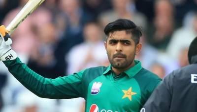 پاکستان نے انگلینڈ کو 341 رنز کا ہدف دیدیا