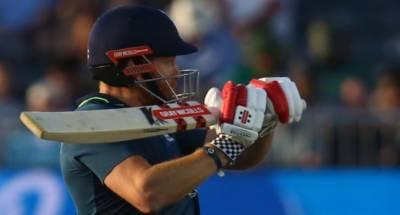 پانچواں ون ڈے : انگلینڈ نے پاکستان کو 352 رنز کا ہدف دےدیا
