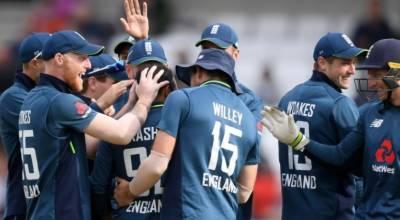 انگلینڈ پانچویں میچ میں بھی کامیاب ، پاکستان سیریز ہار گیا