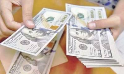 ڈالر مزید مہنگا ہو گیا، اوپن مارکیٹ میں 153 روپے کا ہو گیا
