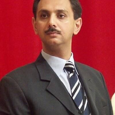 بجلی چوری کرنے والوں کے ساتھ کوئی رعایت نہیں ہوگی، عمر ایوب خان