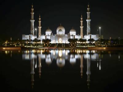 متحدہ عرب امارات میں عیدالفطر پر پانچ چھٹیاں دی جائیں گی