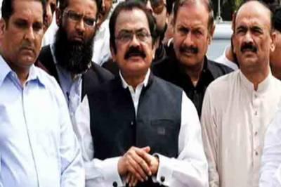 پاکستان اور نالائق وزیراعظم ایک ساتھ نہیں چل سکتے، رانا ثنا اللہ