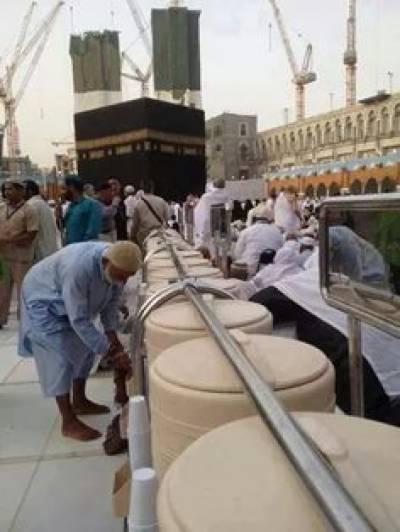 مسجد الحرام کے لئے آب زمزم کے 10ہزار نئے کنٹینر مہیا کر دیئے گئے