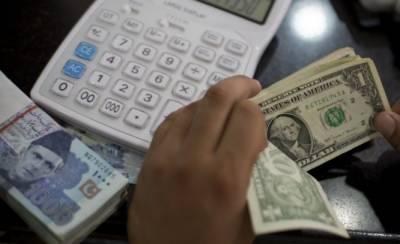 ایک ہفتے کے دوران ڈالر کمزور ہوا، انٹر بینک اور اوپن مارکیٹ میں قیمت ساڑھے 3 روپے تک کم ہو گئی