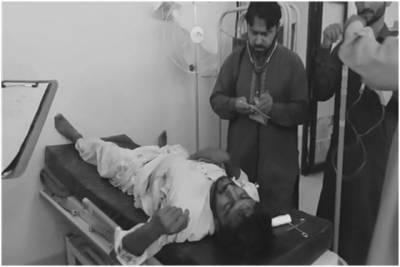 کشمور، تیز رفتار مسافر کوچ کی رکشے کو ٹکر، 5 افراد جاں بحق