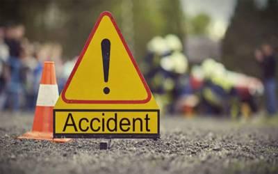 دبئی میں خوفناک بس حادثہ ، دو پاکستانیوں سمیت 17 افراد جاں بحق ، 9 شدید زخمی
