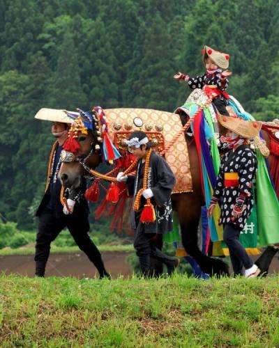 جاپان میں گھوڑوں کی پریڈ کے تہوار کا انعقاد