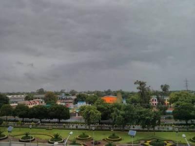گرمی کے مارے عوام پر قدرت مہربان، پری مون سون بارشوں کا سلسلہ شروع