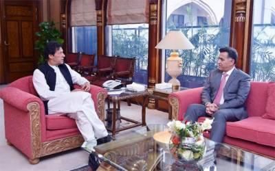 ڈی جی آئی ایس آئی لیفٹیننٹ جنرل فیض کی وزیراعظم عمران خان سے ملاقات