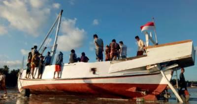 انڈونیشیا میں کشتی ڈوبنے سے 17 افراد ہلاک،1کی تلاش جاری