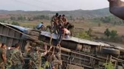 بھارتی ریاست جارکھنڈ میں مسافر بس کے حادثہ میں 6 افراد ہلا ک، 43 زخمی