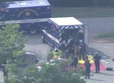 امریکا، شاپنگ مال میں مسلح شخص کی فائرنگ سے دو افراد زخمی