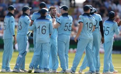 ورلڈ کپ : انگلینڈ نے نیوزی لینڈ کو شکست دے کر ورلڈ کپ کے فائنل میں جگہ بنا لی