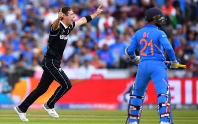 کرکٹ ورلڈ کپ سیمی فائنل ، 240رنز کے تعاقب میں بھارتی بیٹنگ لڑکھڑا گئی