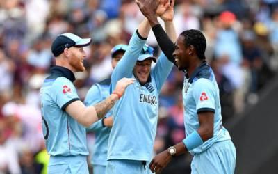 کرکٹ ورلڈ کپ سیمی فائنل ، آسٹریلیا نے انگلینڈ کو فتح کیلئے 224رنز کا ہدف دیدیا