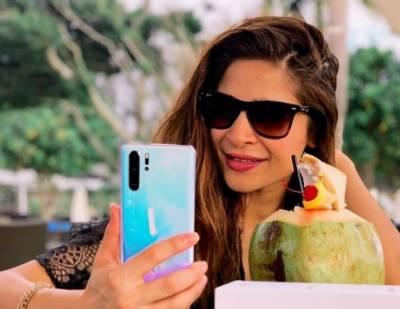 عائشہ عمرکا آئندہ انسٹاگرام پر اپنی 'غیر اخلاقی' تصاویر شیئر نہ کرنے کا اعلان