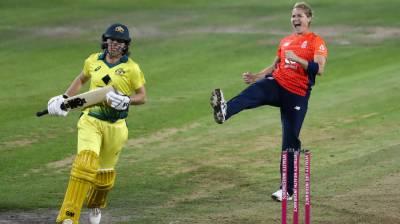 ویمن ایشز سیریز، انگلینڈ نے آخری ٹی 20 میں آسٹریلیا کو 17 رنز سے ہرا دیا