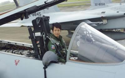 جاپان کی پہلی خاتون فائٹر پائلٹ میدان میں آ گئیں