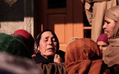 مقبوضہ کشمیر ،بھارتی فوج کی نہتے کشمیریوں پر فائرنگ ، 6شہید ، 100زخمی