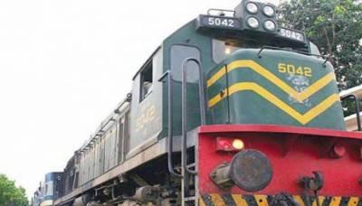 وزیر ریلوے کا سمجھوتہ کے بعد تھر ایکسپریس بھی بند کرنے کا اعلان