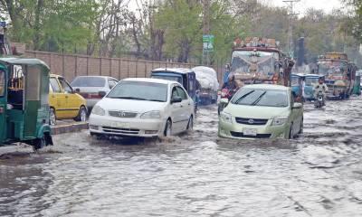 پشاور میں بارشوں اور سیلابی ریلے سے 6 افراد جاں بحق