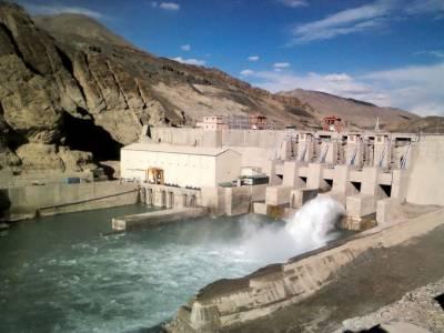 بھارت آبی جارحیت پر اتر آیا،لداخ ڈیم کے سپل ویز کھول دیئے