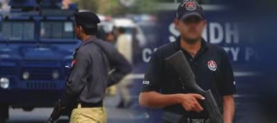 کراچی، پولیس مقابلے میں 3 ڈکیت گرفتار