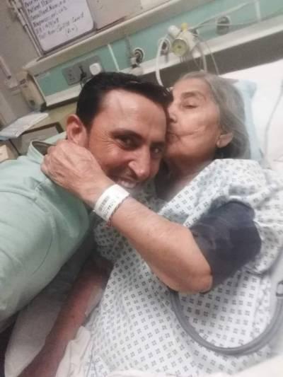 یونس خان کی والدہ 87 سال کی عمر میں کراچی میں انتقال کر گئیں