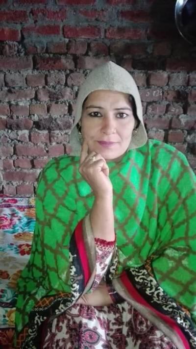 جلالپور بھٹیاں : حسینہ ڈاکو پانچویں شادی رچانے کے بعد اپنے شوہرکی لاکھوں روپے کی جمع پونجی لےکر فرار