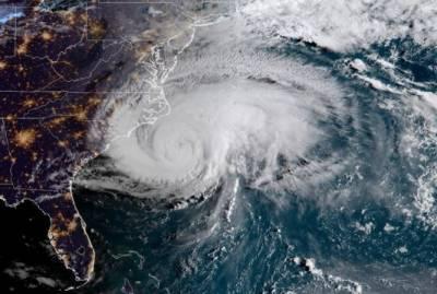 سمندری طوفان' فیکسائی' ٹوکیو کے ساحل سے ٹکرا گیا، ایک خاتون ہلاک