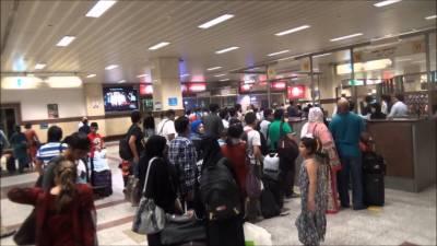 تمام ایئرپورٹس پر موبائل فون استعمال کرنے پر پابندی