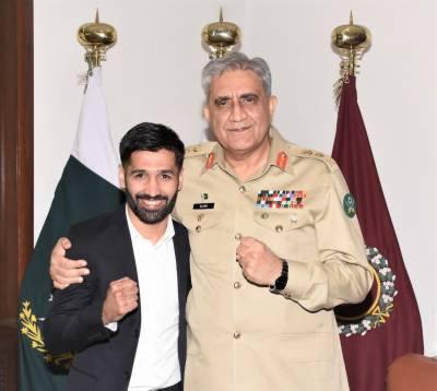 آرمی چیف کی محمد وسیم کو پاکستان کا نام روشن کرنے پر شاباش