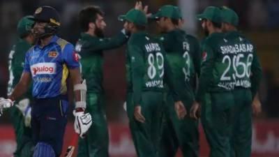 پاکستان نے سری لنکا کو 67 رنز سے شکست دے دی