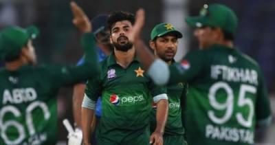 سری لنکا نے پاکستان کو 64 رنز سے شکست دے دی