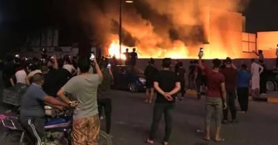 بغداد میں العربیہ کے دفتر پر مسلح نقاب پوشوں کا حملہ ، متعدد صحافی زخمی