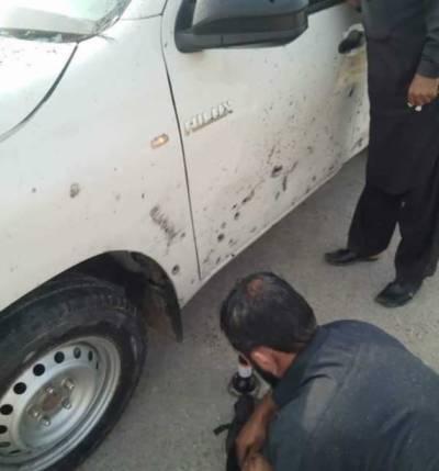 ڈیرہ اسماعیل خان، کلاچی میں پولیس موبائل کے قریب دھماکا، 3 اہلکار زخمی