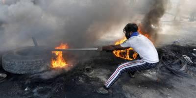 احتجاج ۔۔سول نافرمانی میں تبدیل ،پرچم نذر آتش ،3افراد جاں بحق