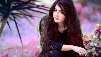 رابی پیرزادہ کی ویڈیوز کس نے لیک کیں ؟گلوکارہ نے خود ہی نام لے دیا
