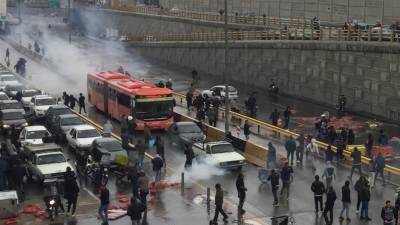 ایران، پیٹرول کی قیمتوں میں اضافے کیخلاف احتجاج، ہلاکتیں 100 سے تجاوز