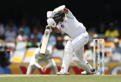 برسبین ٹیسٹ، پاکستان ٹیم آسٹریلیا کے خلاف پہلے روز اپنی پہلی اننگز میں 240 رنز بناکر آﺅٹ
