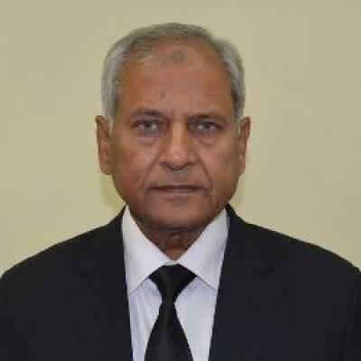 الطاف قریشی نے قائم مقام چیف الیکشن کمشنر کا حلف اٹھا لیا